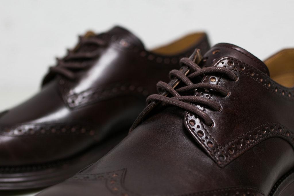 穿梭於各種場合,COLE HAAN LUNARGRAND WINGTIP 酒紅色鞋款 2