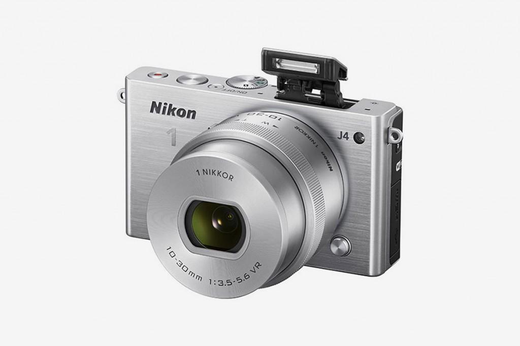 Nikon 發布 1 系列新款相機 —— J4 3