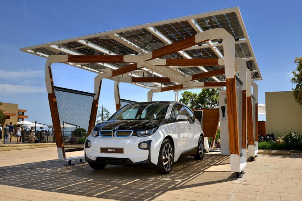 """BMW """"i solar charging carport"""" 太陽能車棚 3"""