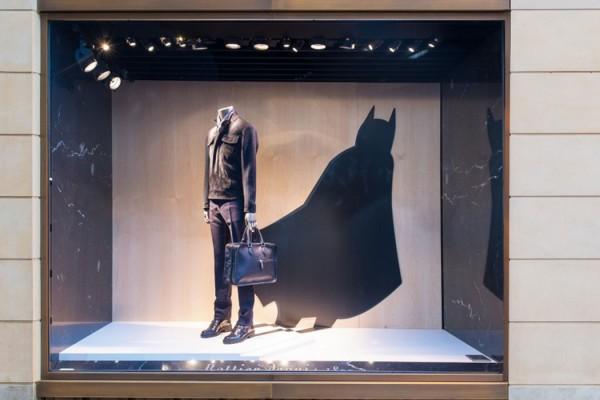Berluti 聯手華納兄弟推出蝙蝠俠& 超人店鋪櫥窗 4