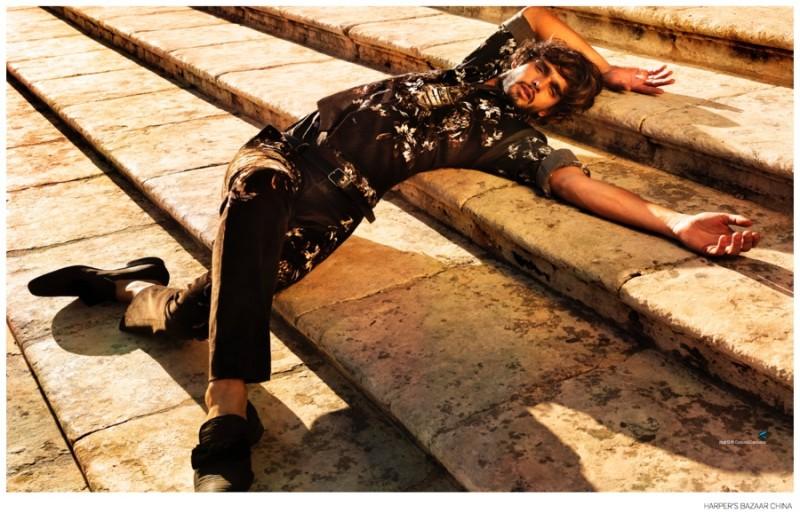 演繹西西里式優雅,Marlon Teixeira 出鏡《Harper's Bazaar Man》 中國版 2014 九月刊 9