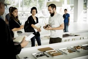 創意改變生活,設計師Adrian Gogl 推出Oak & Dust 定制眼鏡