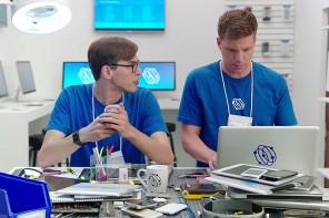 Samsung 連發六段宣傳視頻調侃Apple 產品和功能