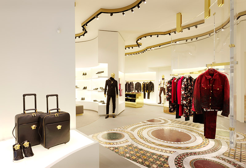 Versace 全新精品店鋪于 Dusseldorf 開設 2