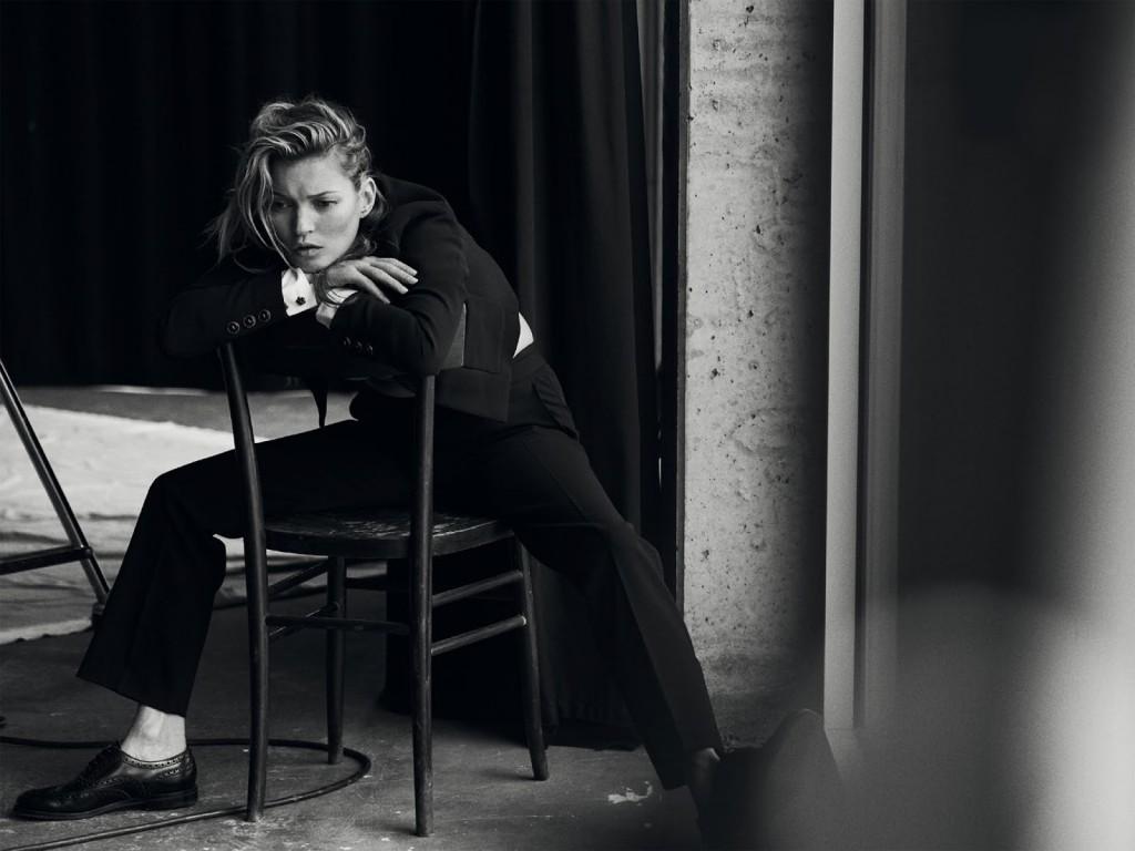 Kate Moss 爲《Vogue》 意大利版一月刊拍攝造型特輯 15