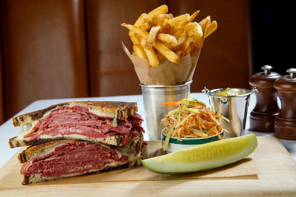 Ralph Lauren 在紐約開設首家the Polo Bar 餐廳 7