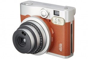 "Fujifilm 推出Instax Mini 90 Camera in ""Brown Leather"" 全新配色相機"