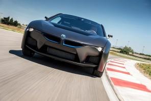 BMW 推出搭載氫燃料電池的i8 概念車