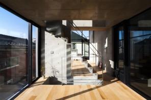 平衡私人與公共生活的住宅——NOIE HOUSING