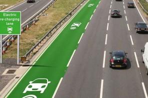 邊開車邊充電,英國將測試公路無線充電技術
