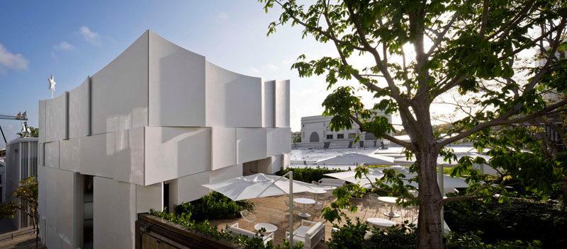 The Façade Of The New Dior Shop In Miami 3