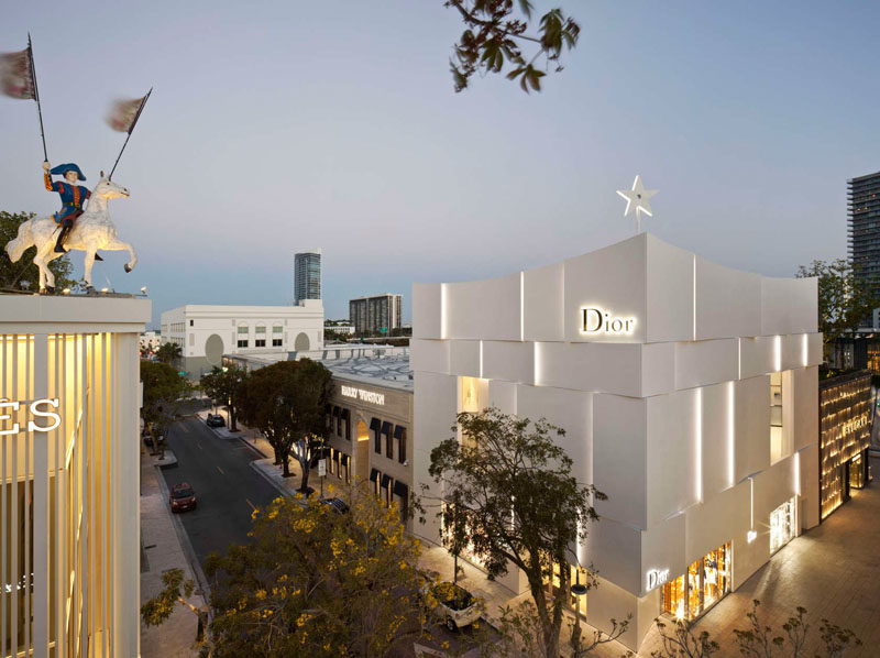 The Façade Of The New Dior Shop In Miami 5