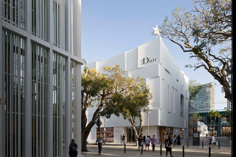 The Façade Of The New Dior Shop In Miami 6