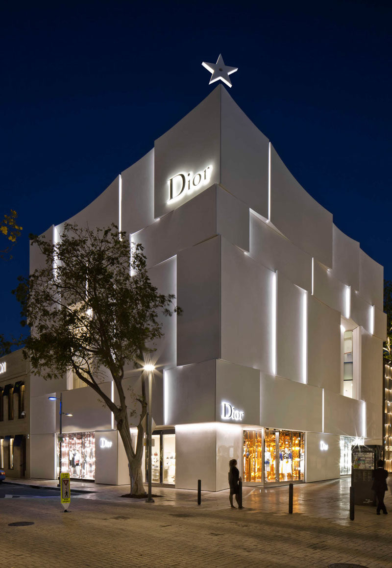 The Façade Of The New Dior Shop In Miami 10