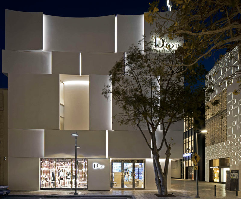 The Façade Of The New Dior Shop In Miami 12