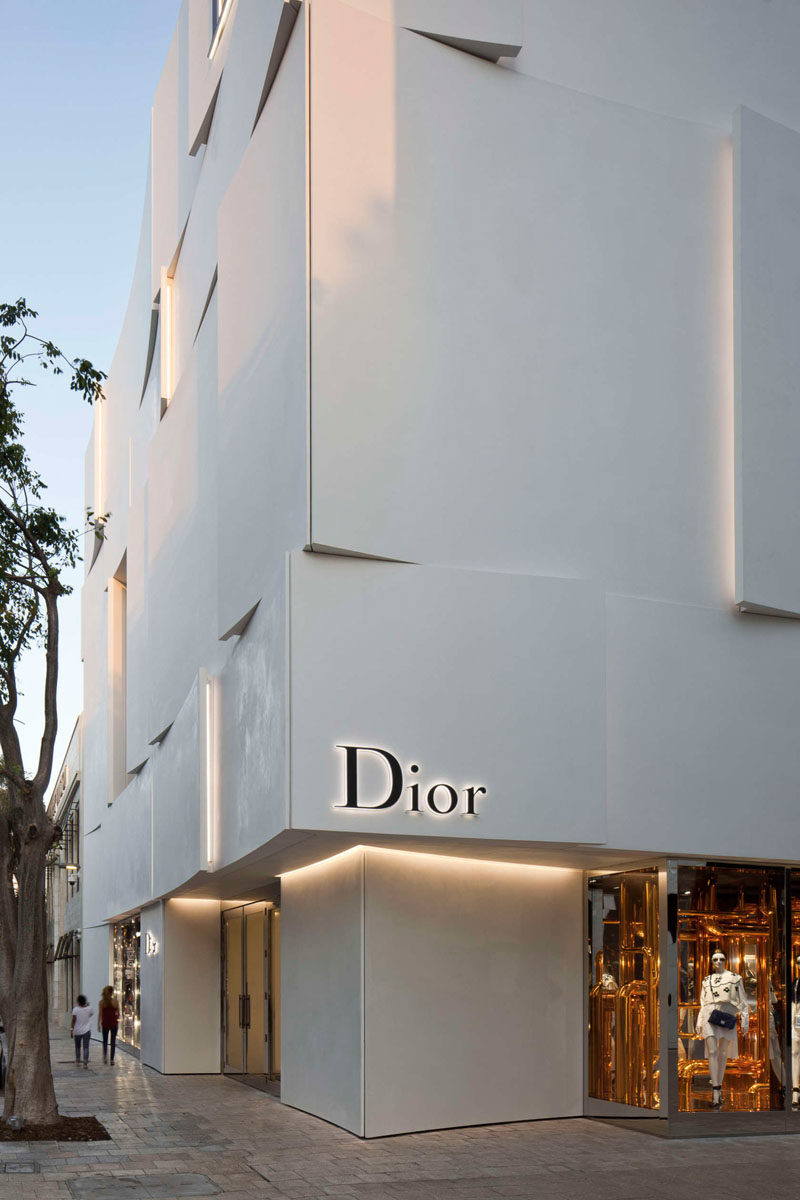 The Façade Of The New Dior Shop In Miami 13