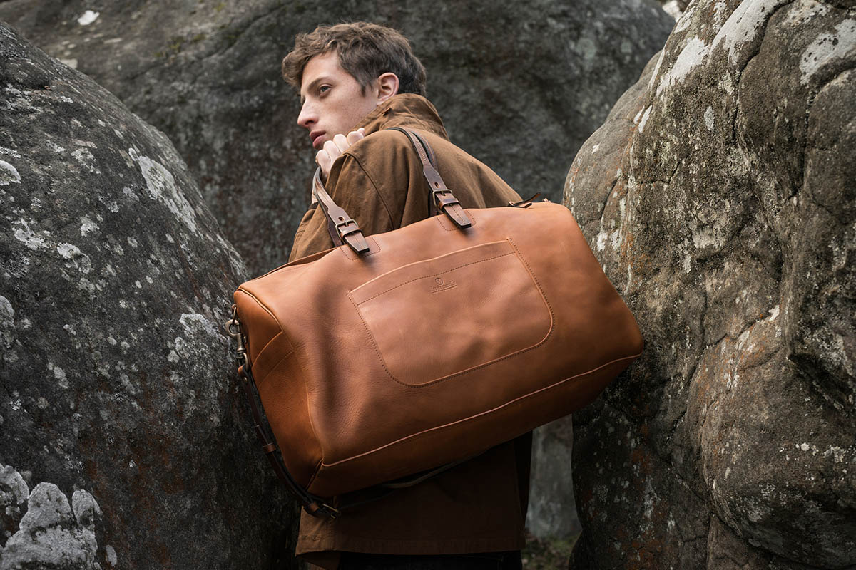 Bleu de Chauffe Delivers Luxurious Leather Goods for Fall/Winter 2016 6