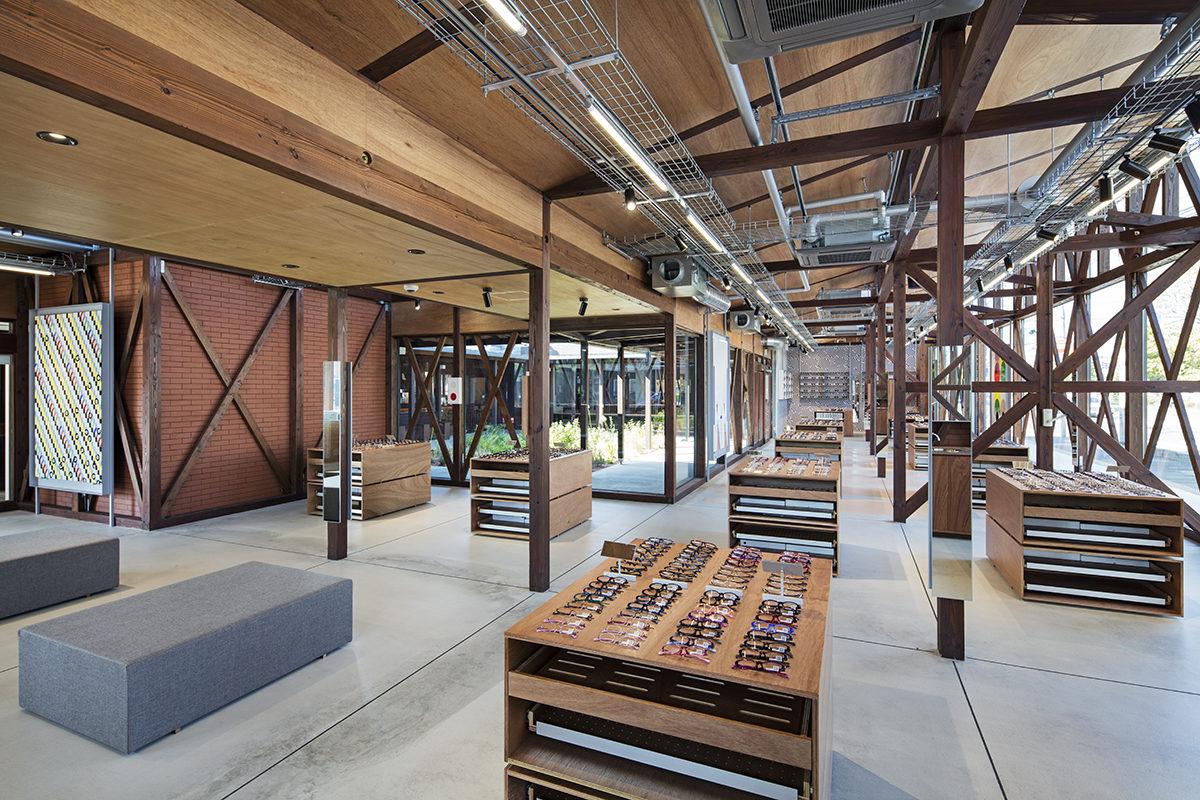 JINS Ageo Shop Renovation 1