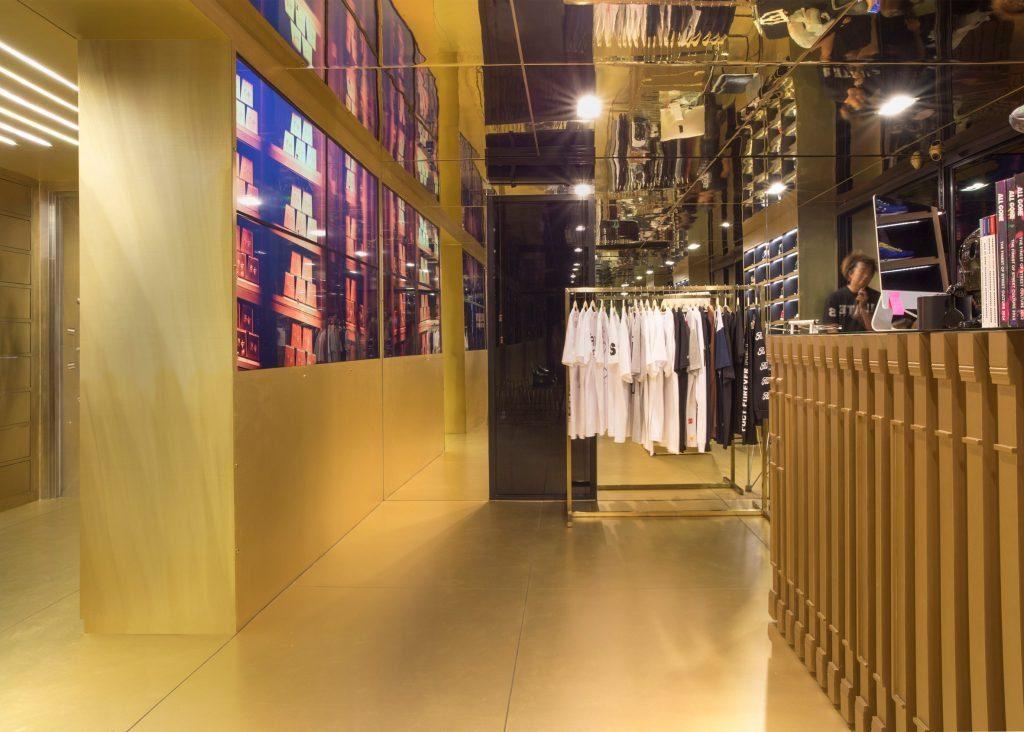 Bangkok shoe store by External Reference 3