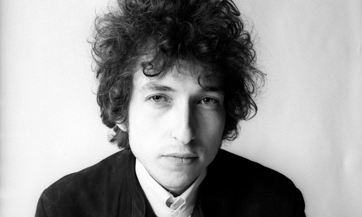 首位奪得諾貝爾文學奬的唱作人!重溫詩人Bob Dylan十首經典之作。 1