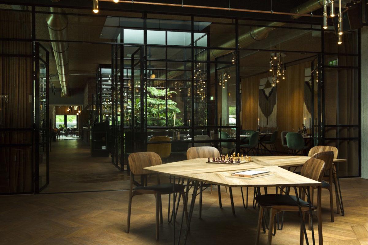 HOTEL V FIZEAUSTRAAT IN AMSTERDAM 4