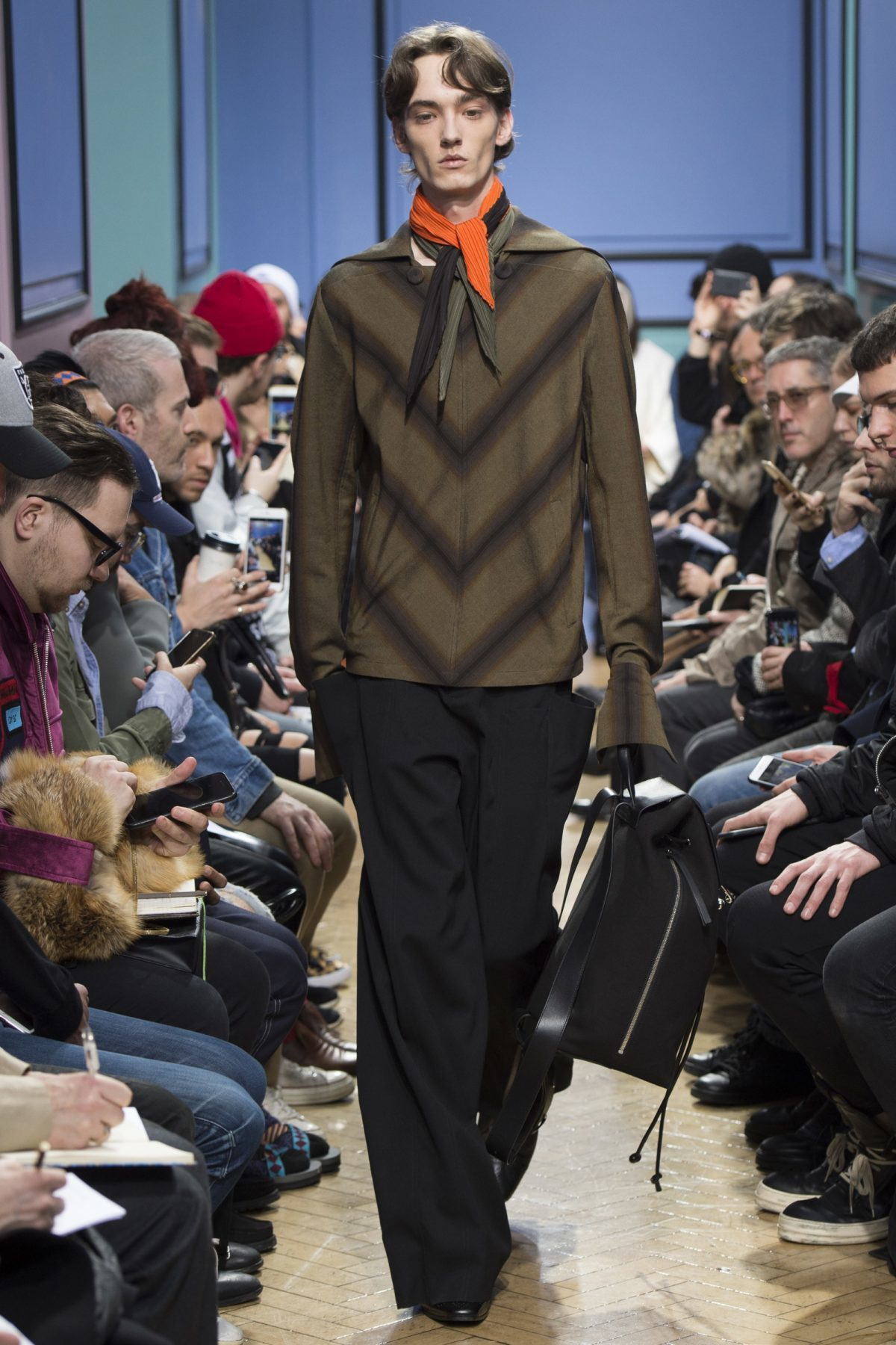 trendsfolio-fall-2017-menswear-j-w-anderson-21