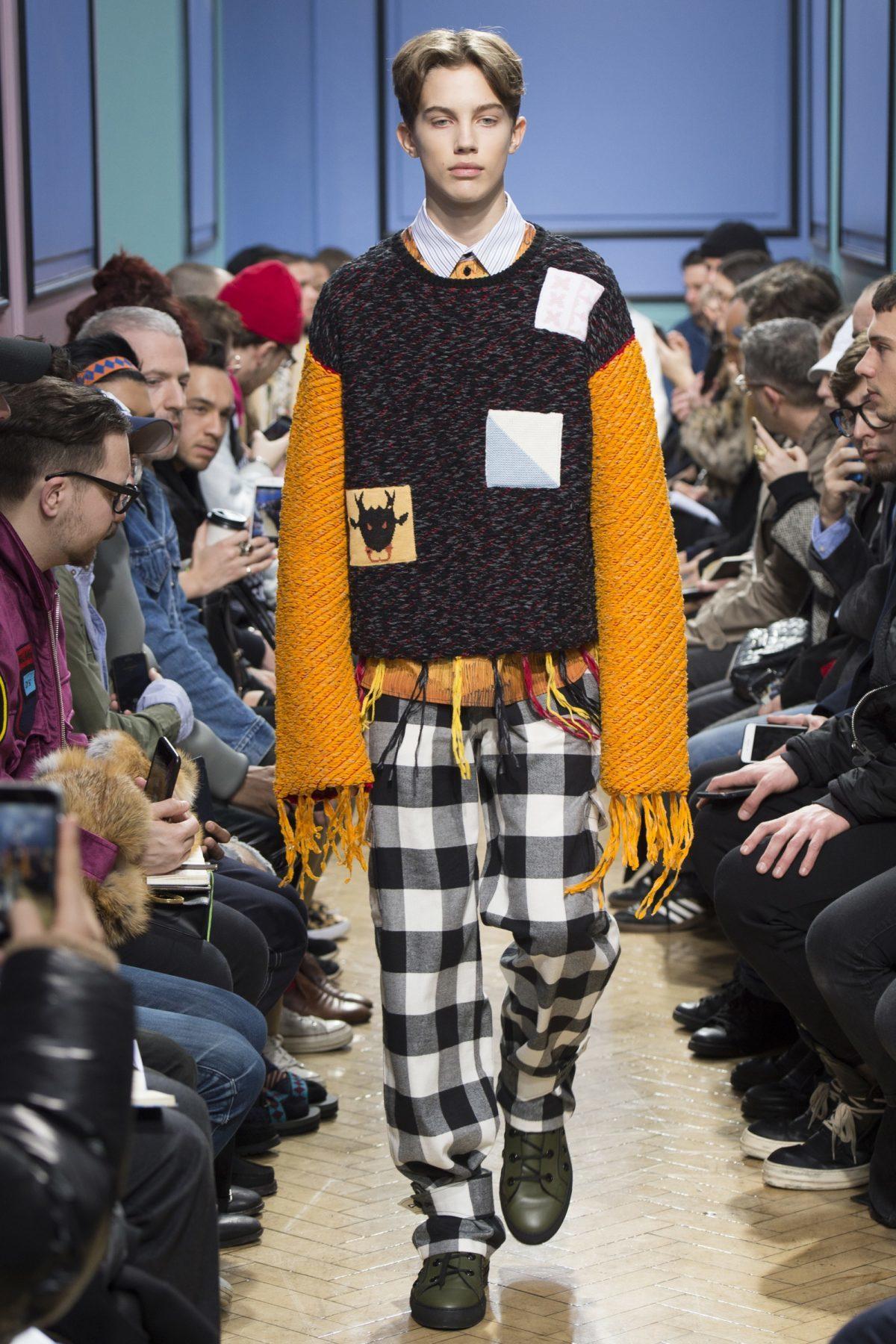 trendsfolio-fall-2017-menswear-j-w-anderson-29