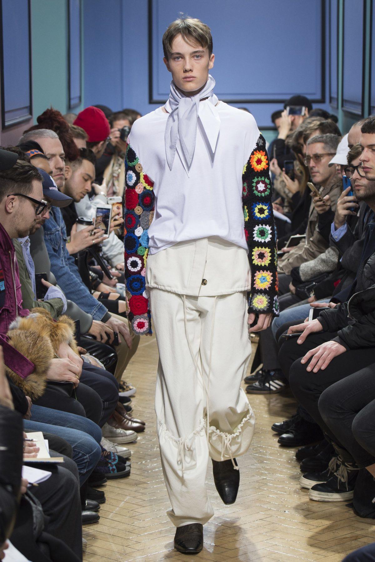 trendsfolio-fall-2017-menswear-j-w-anderson-34